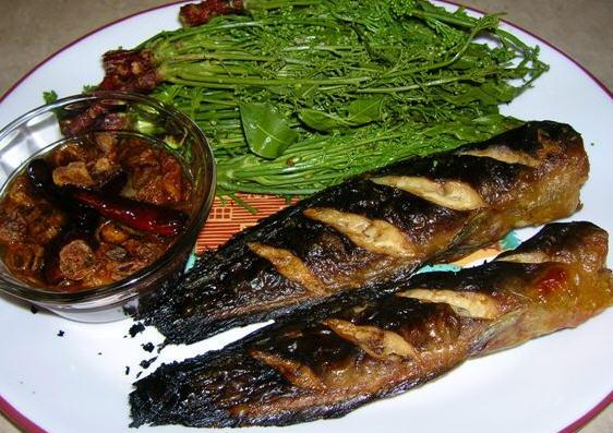 สะเดา-น้ำปลาหวาน-ปลาดุกย่าง